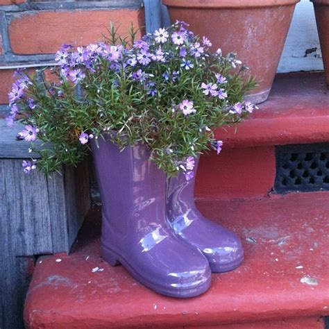 Welly Boot Planter by Wellie Boot Plant Pots By Mrseds Via Flickr Gardening Plant Pots Photos And Boots