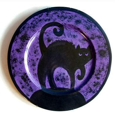 paint pottery and bead it black cat in ceramics would be cool in glass fused