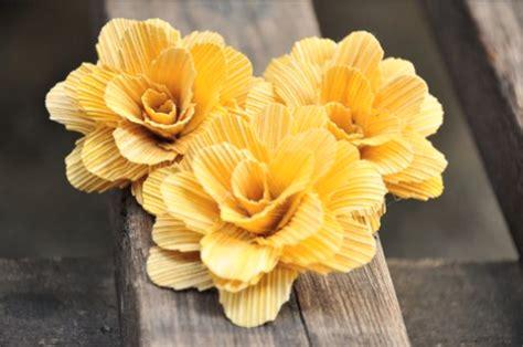 kerajinan bunga  kulit jagung  cantik