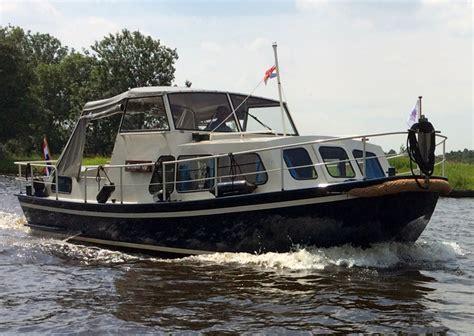 motorjacht huren friesland last minute doerak motorboot huren bij njuta watersport