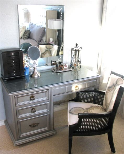 Silver Vanity by Diy Silver Vanity Decorating Ideas