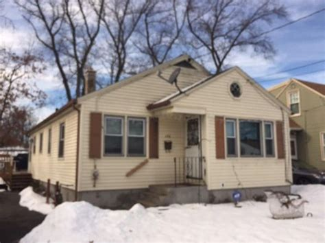 Houses For Sale In Springfield Ma by Ranch Style Springfield Real Estate Springfield Ma
