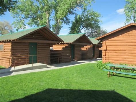 room one picture of buffalo bill cabin