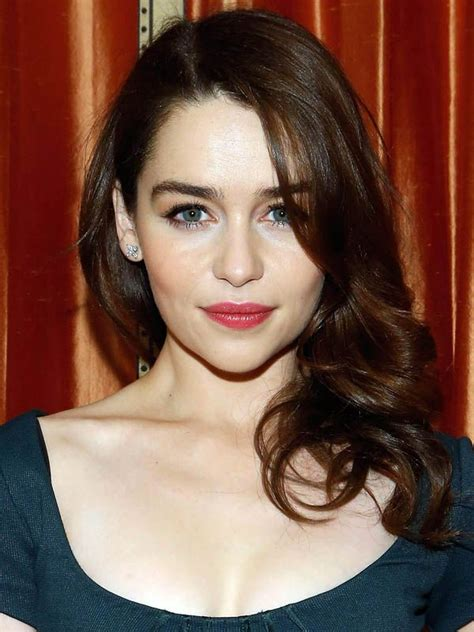 emilia clarke pubic hair s 1000 ideas about singer pink hairstyles on pinterest