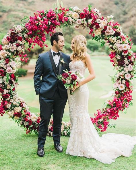 wedding arch circle 26 floral wedding arches that will make you say i do