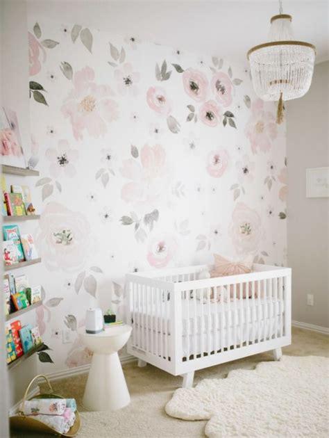 papel pintado para habitacion de bebe las 25 mejores ideas sobre papel pintado flores en