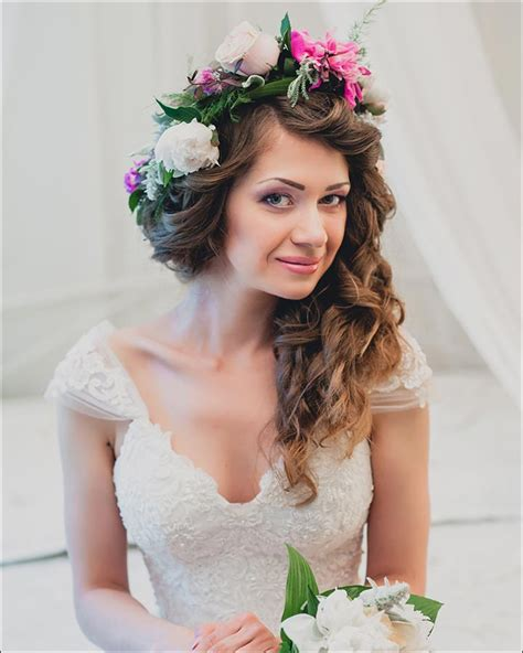 Bridal Hairstyles For Naturally Curly Hair by 23 Gorgeous Bridal Hairstyles For Curly Hair
