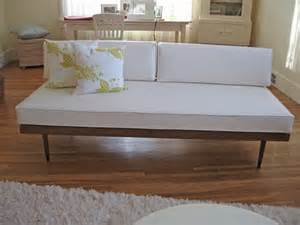 Related post from danish modern daybed sofas