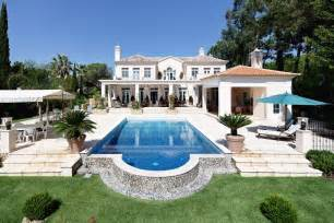 luxury modern villa for sale in quinta do lago with 5