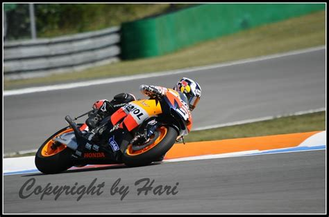 Motorradrennen Pc Kostenlos by Moto Gp Br 252 Nn 2009 Foto Bild Sport Motorsport