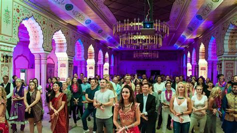 Bollywood Events & Workshops ? Bollywood Vibes ? Bollywood