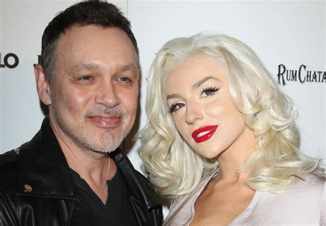 askfm net worth courtney stodden doug hutchison to renew vows in early
