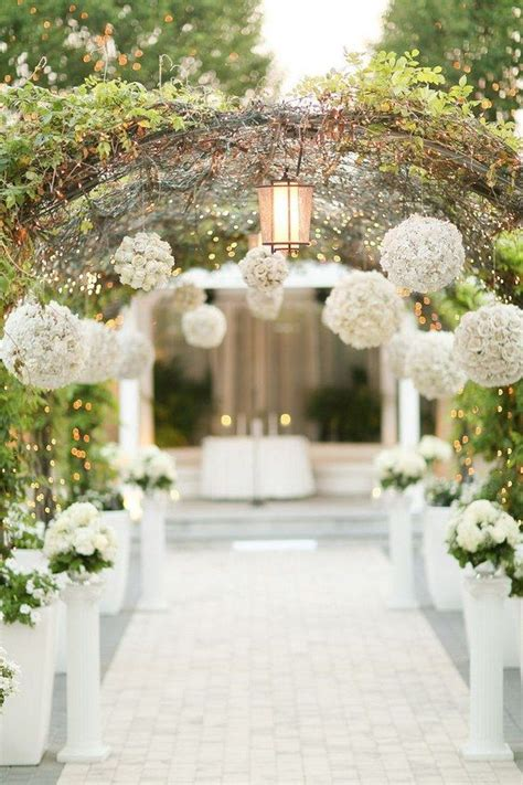 Wedding Reception Entrance by 25 Best Ideas About Wedding Entrance On