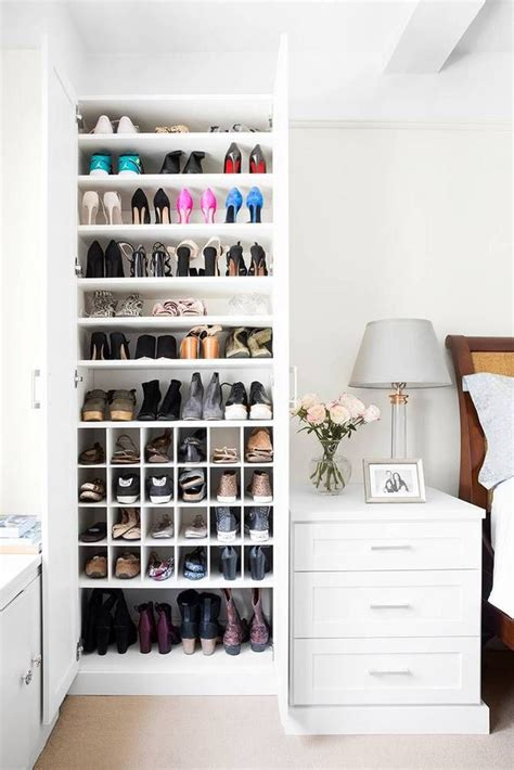 Shoe Shelf Closet by Best 25 Shoe Shelves Ideas On Closet Shoe