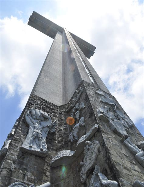 The Who Crossed Worlds world s top 19 largest crosses reach high for the sky