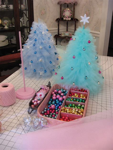 how to make a christmas tree out of dollar bills marshmallow creations how will you decorate your tree