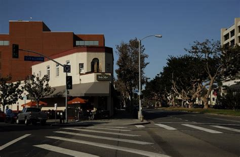 Brentwood Property Records Brentwood Restaurant Building In Limelight During O J