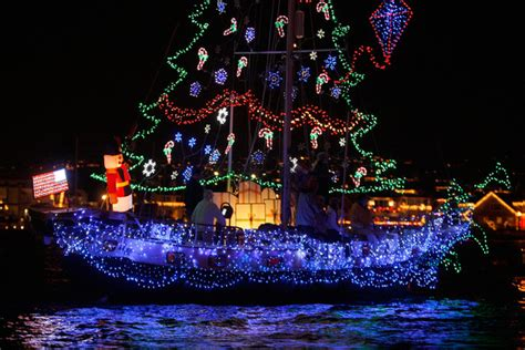 houseboat greece boats and yachts take part in the newport beach christmas