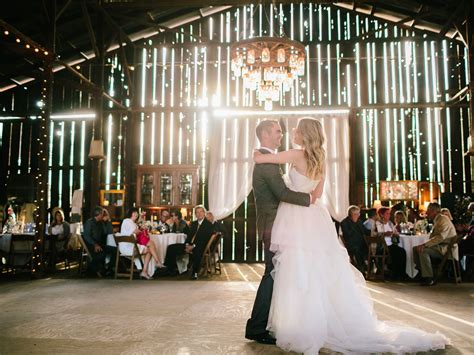 Vintage Wedding Song List by Wedding Songs 35 Popular Country Flavored Songs