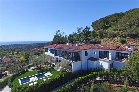 Pacific Home by Ronald Reagan S Pacific Palisades Property Is Up For 33