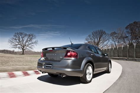 how to learn about cars 2012 dodge avenger lane departure warning 2012 dodge avenger r t breaks cover ahead of nyias debut features styling and chassis upgrades