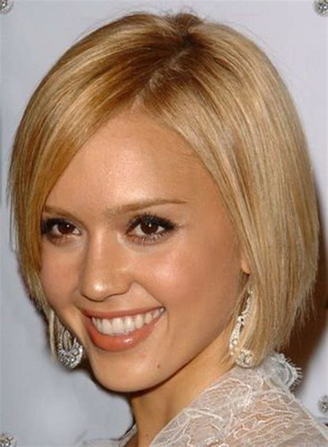 can women with oval faces and thick hair wear really short hair styles best short haircuts for oval faces
