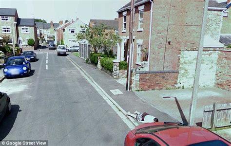 dead bodies on google street view dead body discovered on google street view google street