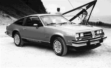 1976 pontiac sunbird auto show by auto trader pontiac sunbird 1st gen formula hatchback 1976