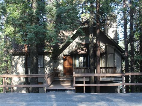 lake arrowhead cabins for large groups beautiful family friendly cabin sleeps 10 for
