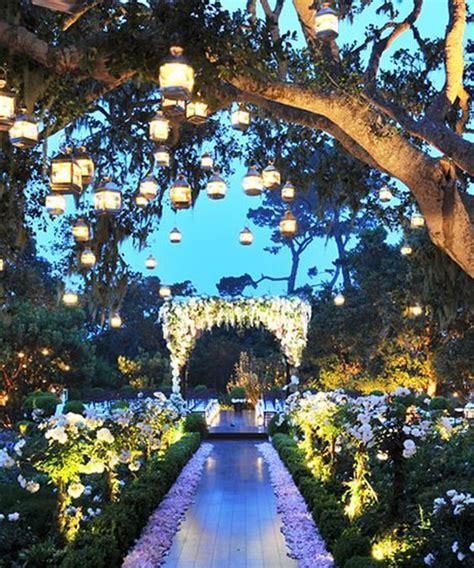 Walkway Decorations by Best 25 Wedding Walkway Ideas On Backyard Wedding Decorations Backyard