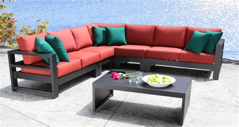 outdoor cabana furniture how to choose comfortable outdoor living furniture