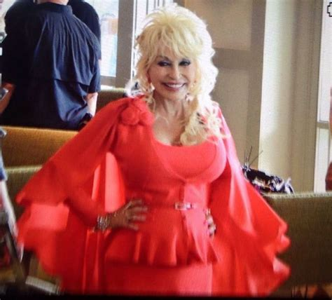 Dolly Parton Is A Backwoods by 17 Best Images About Dolly Parton On Dumb