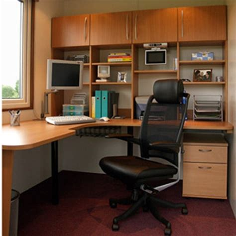 Kursi Kantor Ergonomis desain interior ruang kerja tips memilih kursi kerja