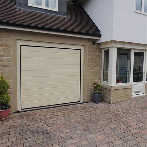 insulated steel panel sectional garage doors