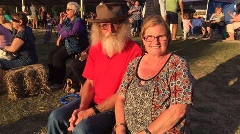 Simmons And Simmons Mba by Thousands Turn Out For Jimboomba Bush Fete Jimboomba Times