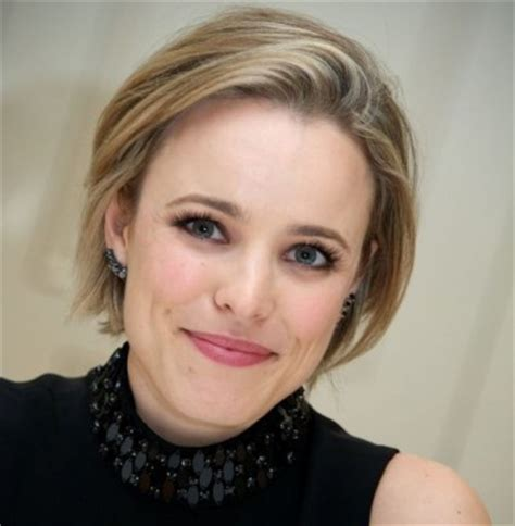 rachel haircut instructions get the look rachel mcadams 90s inspired bob she said
