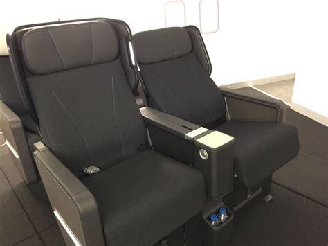 photos qantas boeing 787 premium economy seats