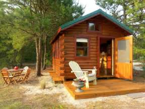 tiny house rentals 12 tiny beach house rentals small beach houses you can rent