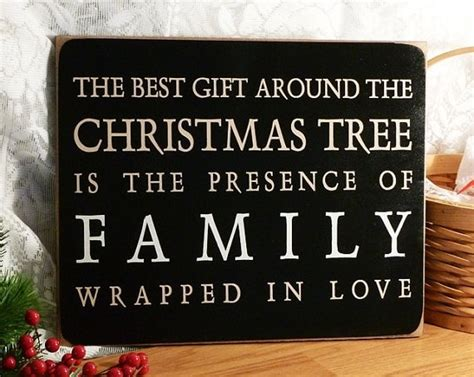 a whole bunch of beautiful christmas signs style estate