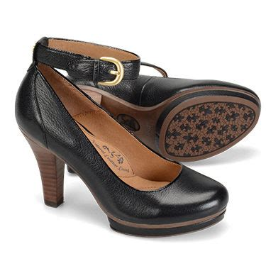 comfortable stylish shoes for work 25 comfortable shoes for work dailyworth