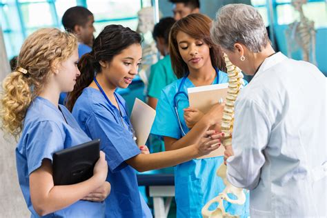 colleges that offer nursing programs offer academic progression for nurses