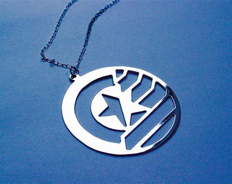 stucky captain america winter soldier inspired necklace 4