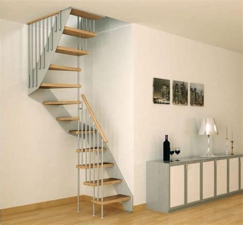 chambre des huissiers 93 les 25 meilleures id 233 es de la cat 233 gorie petit escalier sur