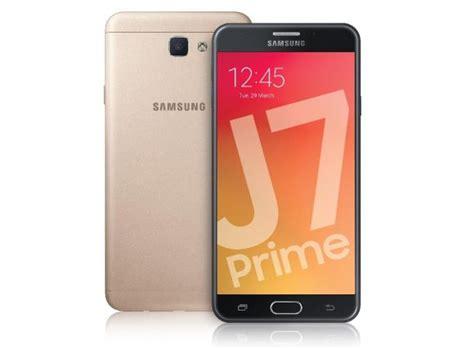 Hp Samsung J7 Di Malaysia samsung galaxy j7 2016 malaysia soyacincau