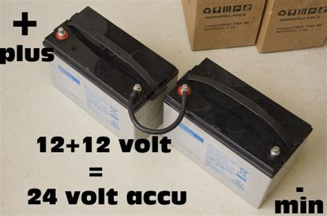 Accu Mobil 12 V accu s parallel of serieel koppelen in 12 en 24 volt