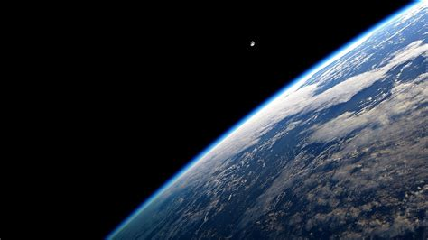 earth atmosphere wallpaper 70 qhd 1440p wallpapers to show off that awesome display