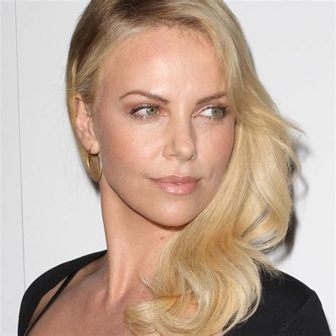 Home Decorating Forum Charlize Theron Beauty Look Of The Week Strategic