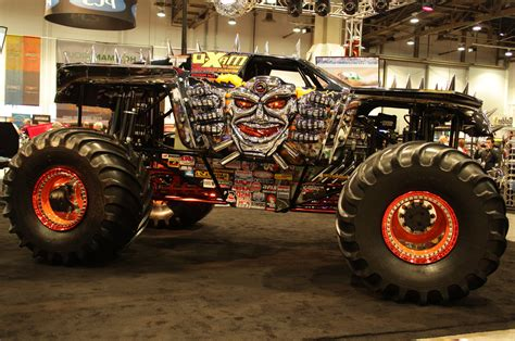 best monster truck videos skull monster truck rally hd wallpapers pickup truck