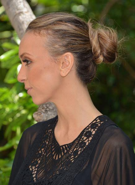 giuliana rancic thinning hair giuliana rancic loose bun updos lookbook stylebistro