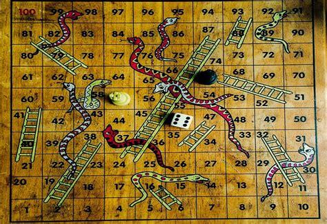 lade da tavolo vintage scale e serpenti gioco da tavolo vintage